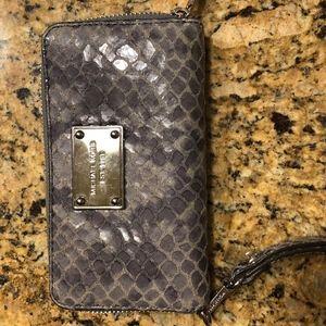 Michael Kors Zip Around Wristlet Wallet